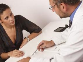 Medico Paciente Avaliacao Cirurgia Center Cintas