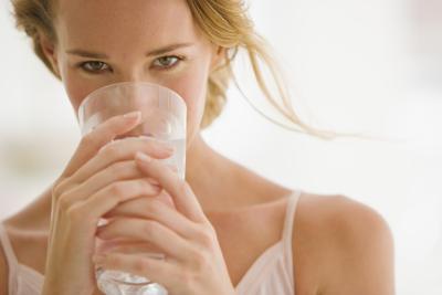 beba agua